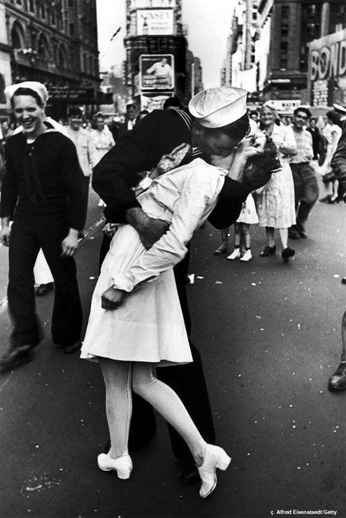 V-J Day in Times Square, 1945