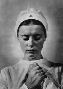 nurse praying