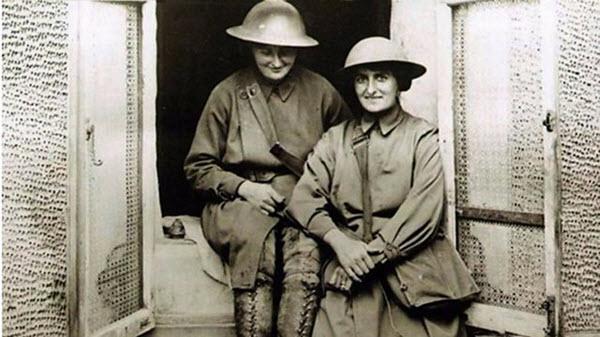 women nurses world war one