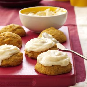 pumpkin-cookies-with-cream-cheese-frosting