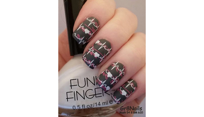 Overlapping-Typograhpic-And-Life-Line-Nail-Art