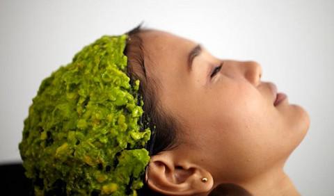 [Resim: avocado-banana-hair-mask.jpeg]